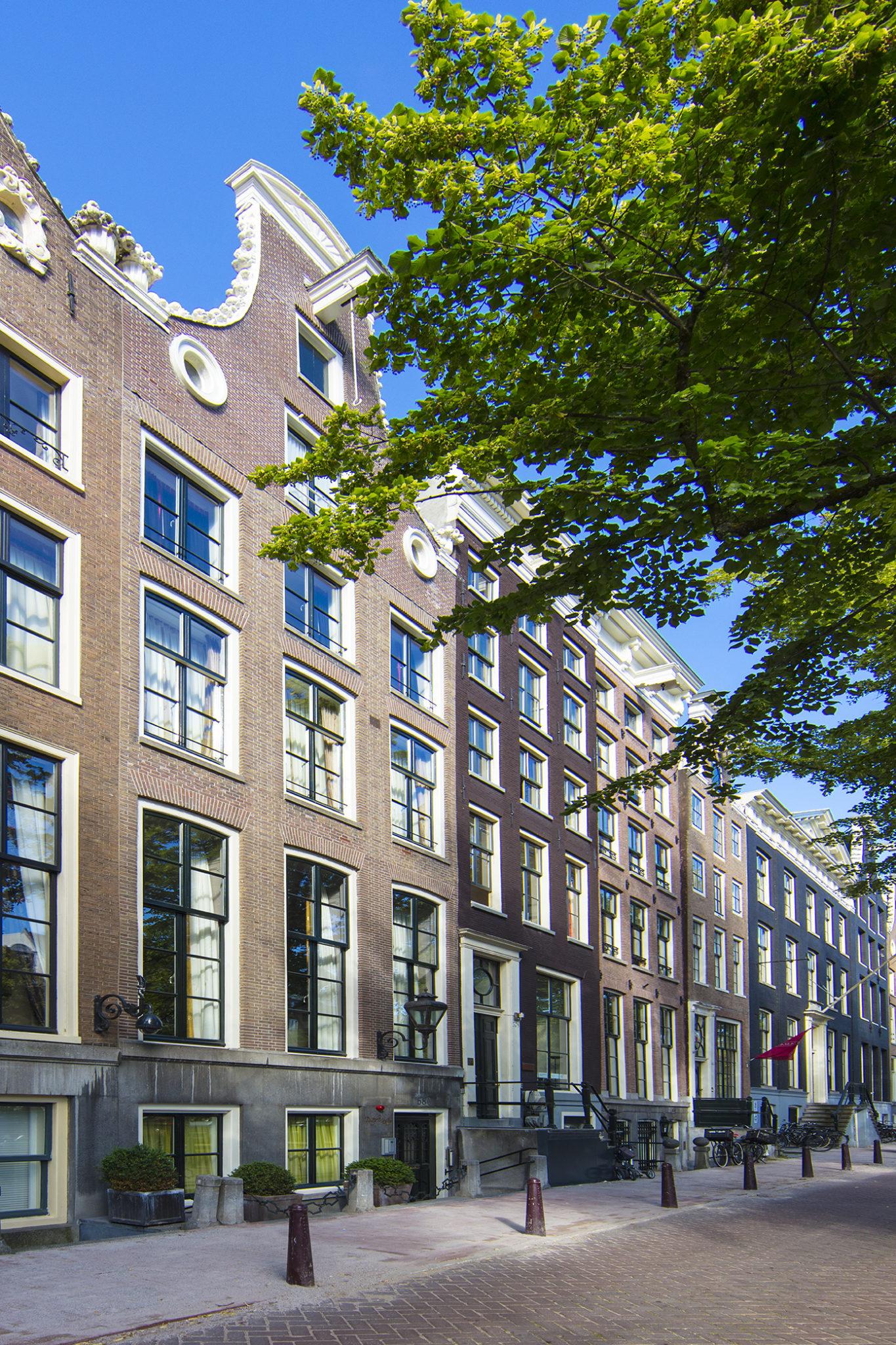 Dutch Masters Amsterdam Building © Michael van Oosten