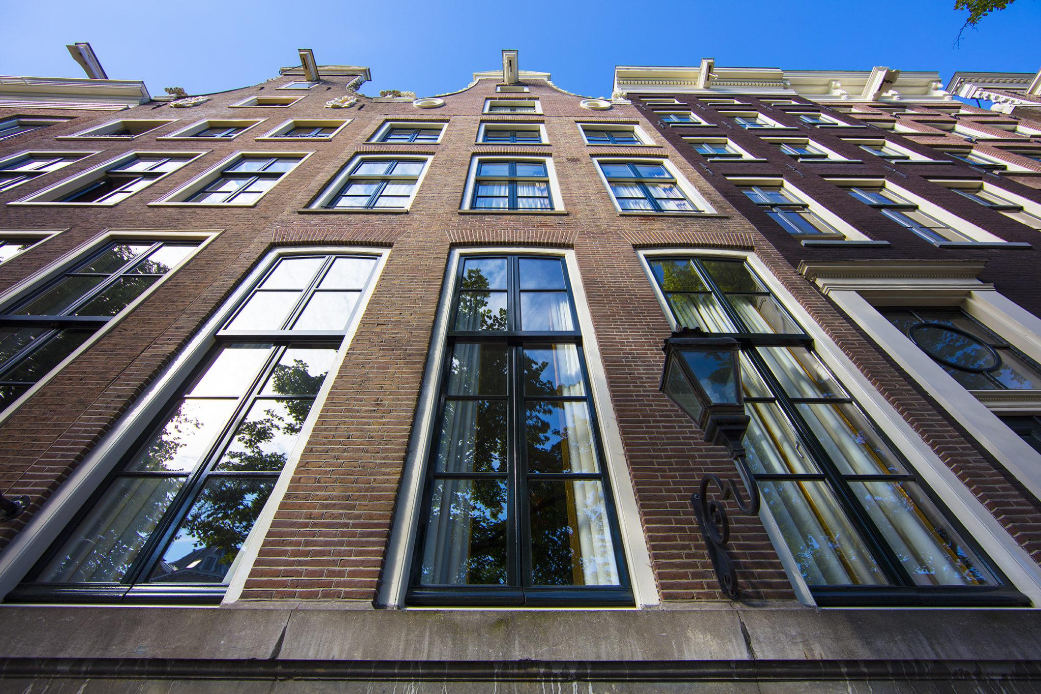 Dutch Masters Amsterdam Building Front © Michael van Oosten