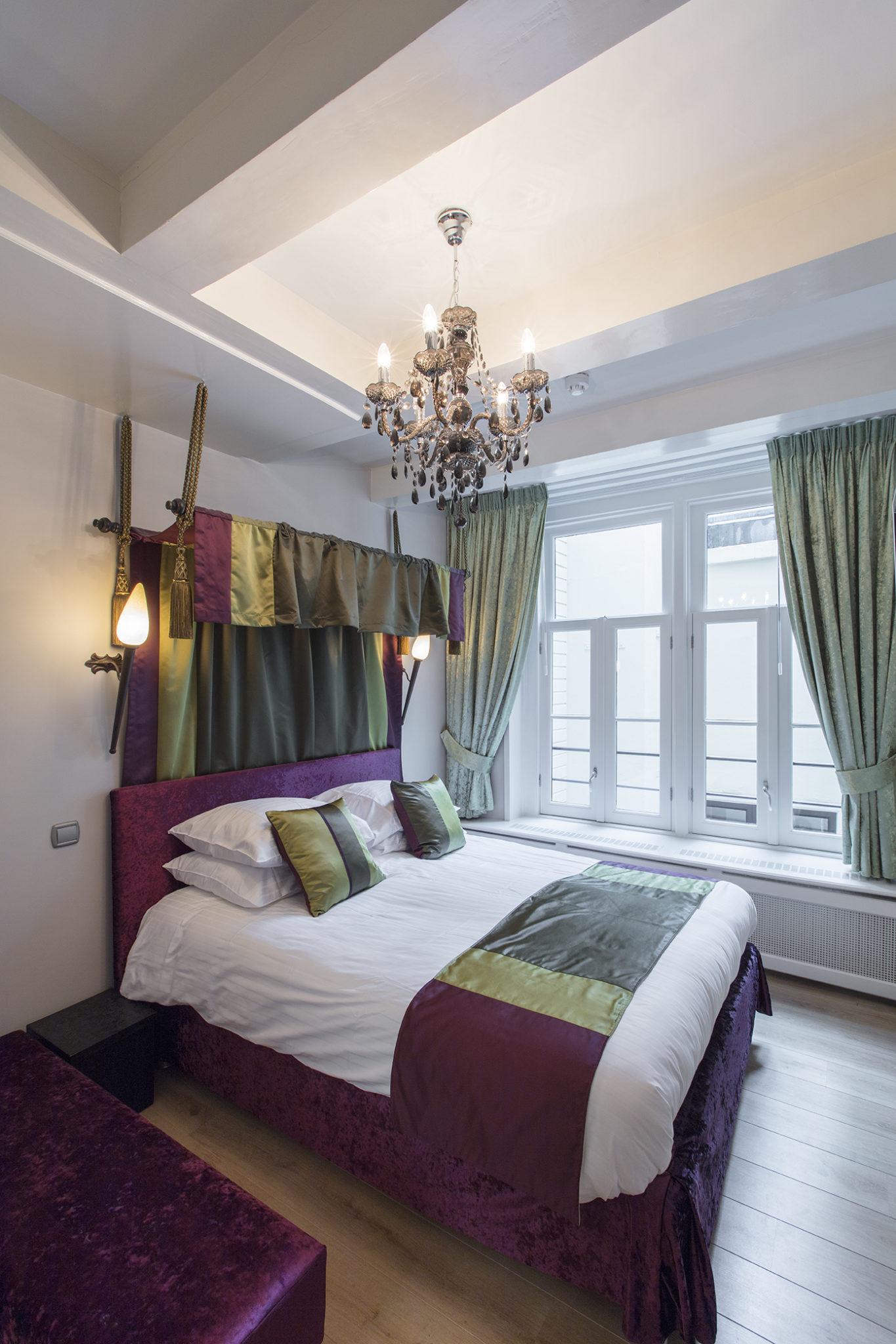 Dutch Masters Amsterdam Rembrandt van Rijn Apartment Bedroom © Michael van Oosten