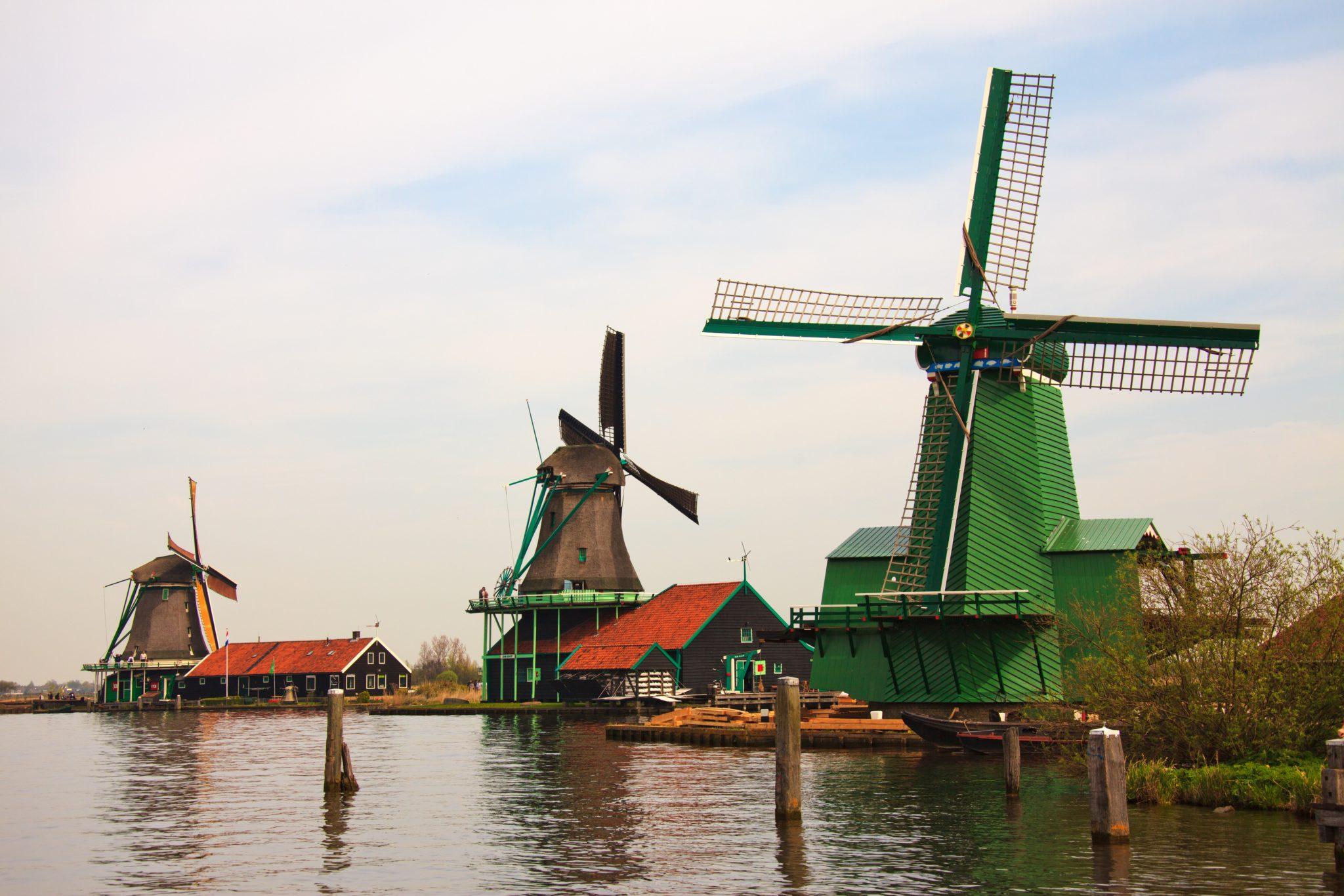 zaanse_schans_windmills